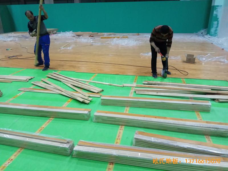 重庆市九龙坡区友动力羽毛球俱乐部运动木地板安装案例3
