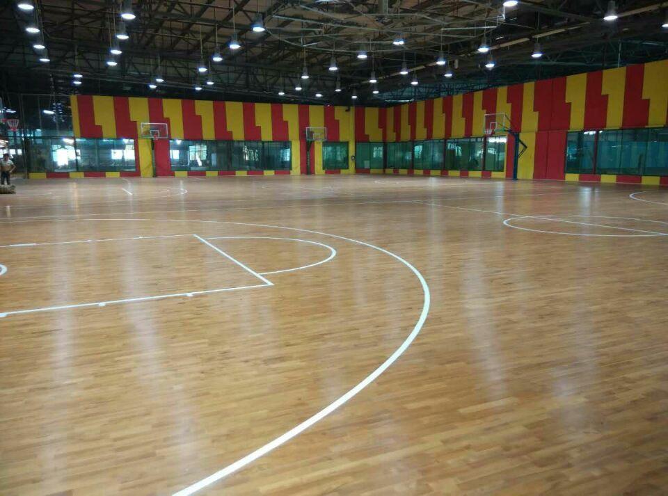 海南省三亚师部国兴体育俱乐部1466平方米运动木地板工程