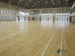 寻求运动篮球木地板品牌哪个好